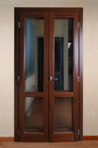 finestra porta legno